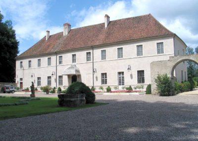 Château de Corneux (abbaye de Piémontré) à Saint-Broing (70) – Propriété privée